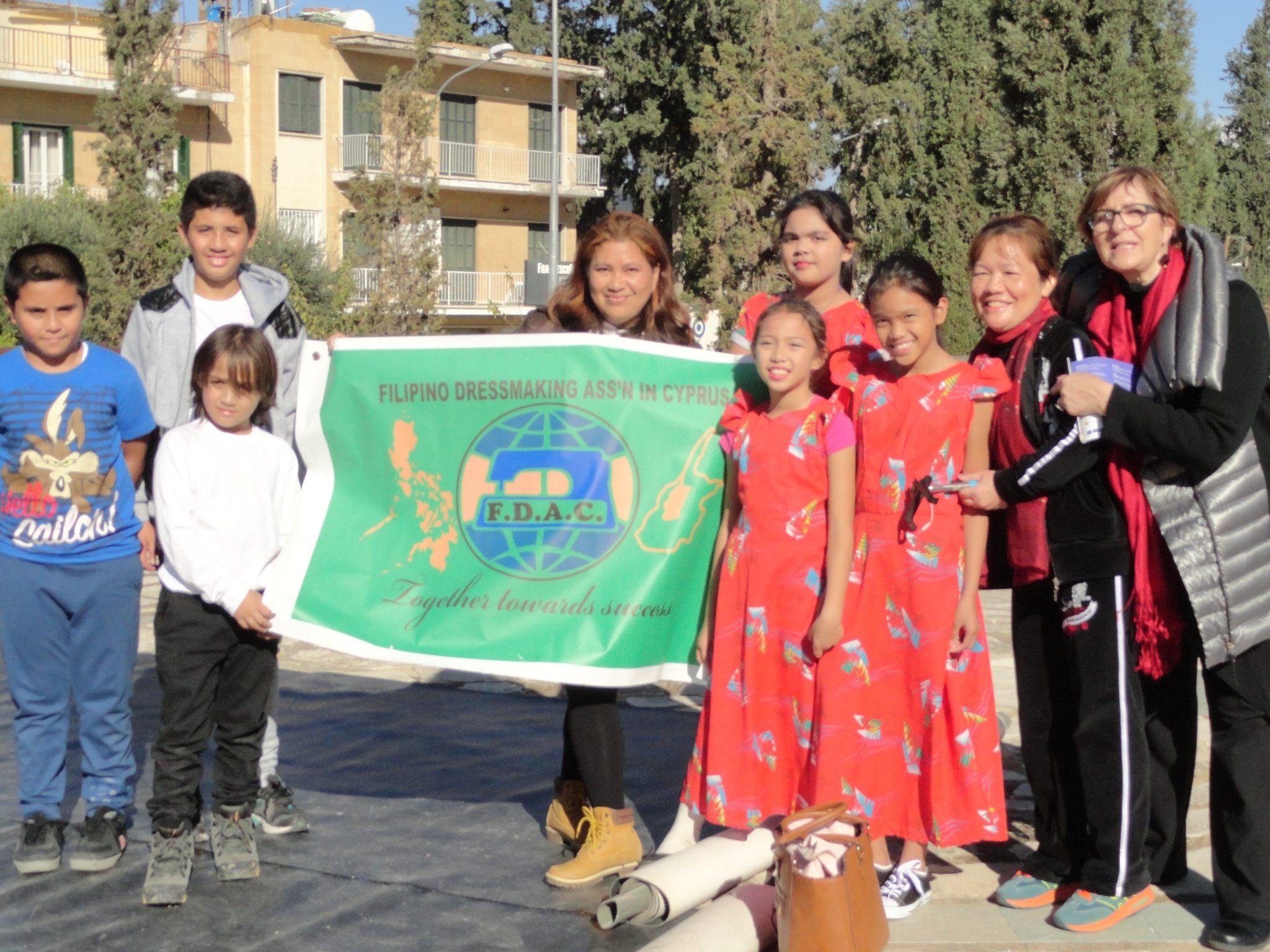 Philippino dress making assoc group-DSC02627