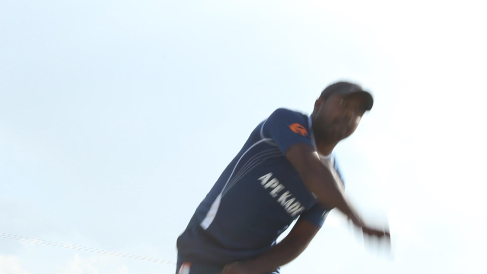 training-cricket-championship-rushes-01_12_09_05-still044